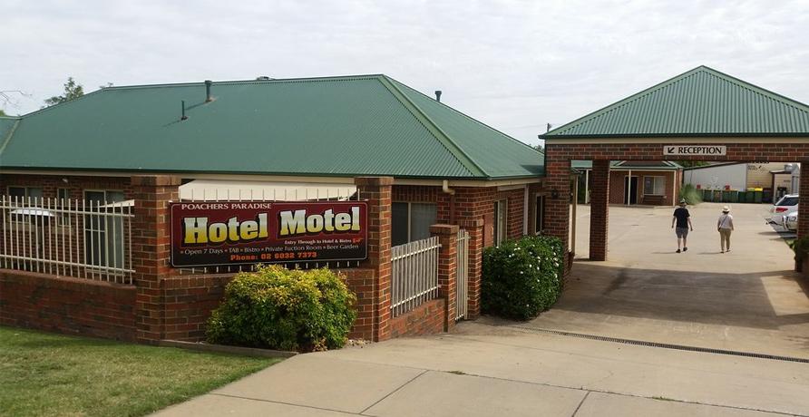 Poachers Paradise Motel